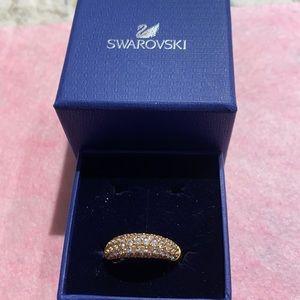 Swarovski ring in gold tone